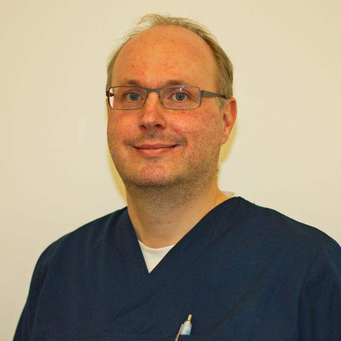 Dr. Mathias Vogel